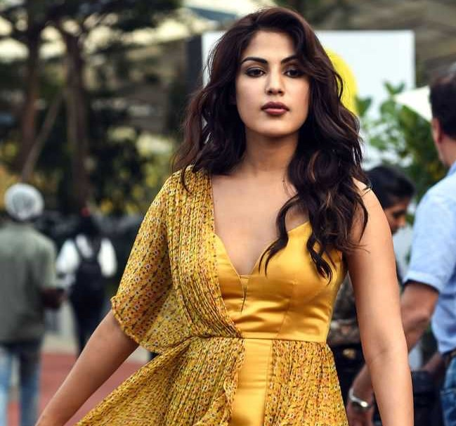ED summons Rhea Chakraborty for questioning in Sushant Singh Rajput death case