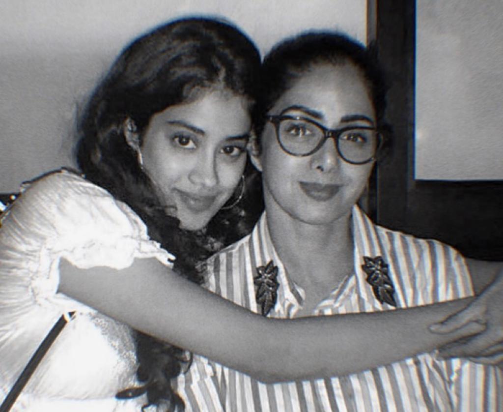 Janhvi Kapoor shares heartwarming photo on Sridevi's 57th birth anniversary: 'I love you mumma'