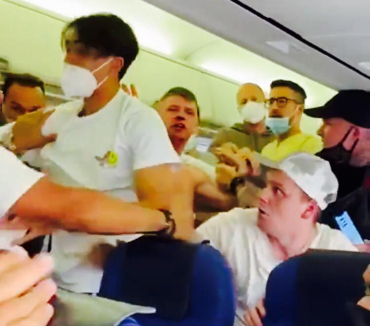 Passengers exchange blows on board KLM aircraft over wearing of masks; watch video