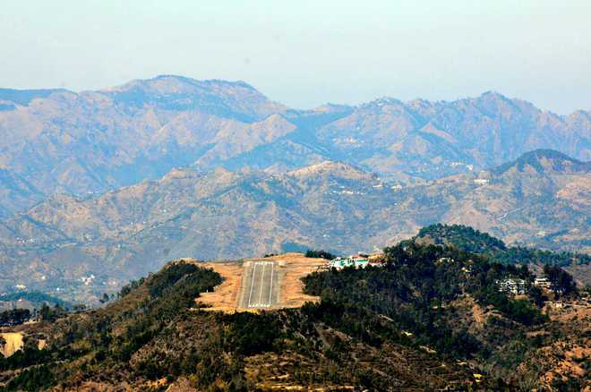 Shimla's table-top airport 'riskiest', is 300 metres short of required length