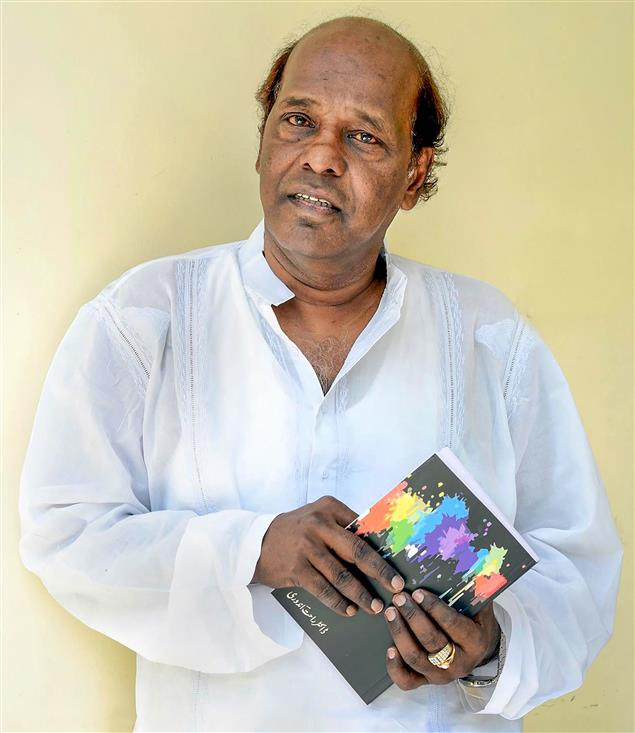 Lyricists, musicians remember 'prolific, powerful' poet Rahat Indori
