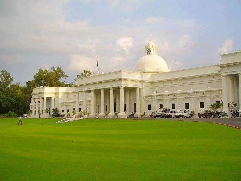 IIT Roorkee alumnus bags prestigious award