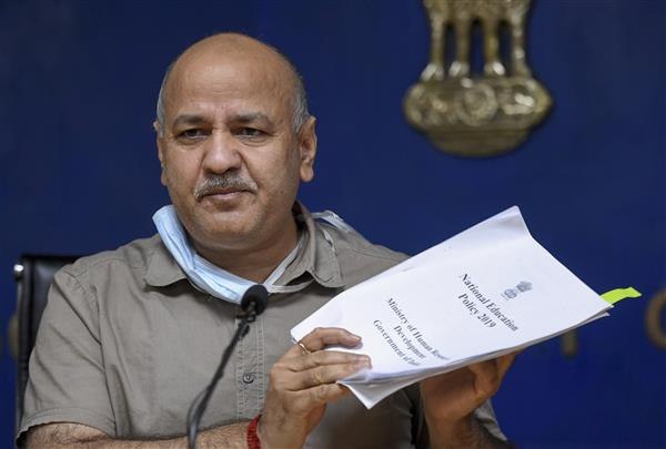 Covid-19: Sisodia writes to HM Shah, seeks directions to L-G to allow hotels, weekly markets in Delhi