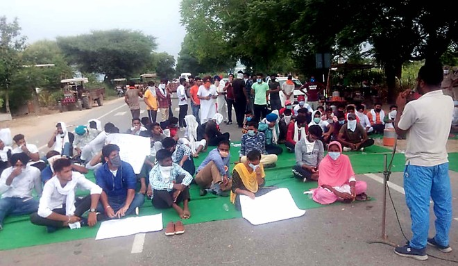 Bathinda college students hold protest, seek fee waiver