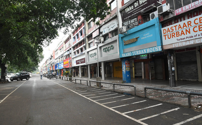 Chandigarh shopkeepers protest weekend lockdown