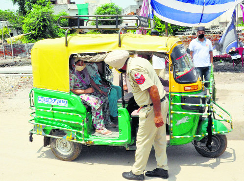 Cap on number of passengers pushes auto-rickshaw fares up