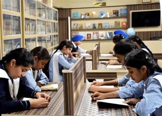 Private schools threaten to strike off names of students after August 10