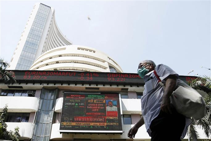 Sensex crashes 1,115 points amid global sell-off; Nifty slips below 11,000