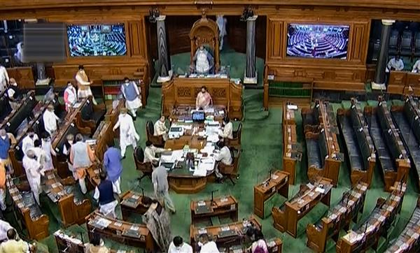 Lok Sabha passes 2 agri sector Bills amid protests by Opposition, farmers