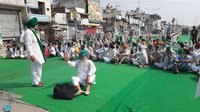 Punjab Bandh: Protests in 125 places across state; supply of essential commodities hit, major highways blocked