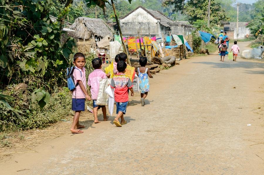 'Neighbour Katta' enables Maharashtra hamlet kids study amid lockdown