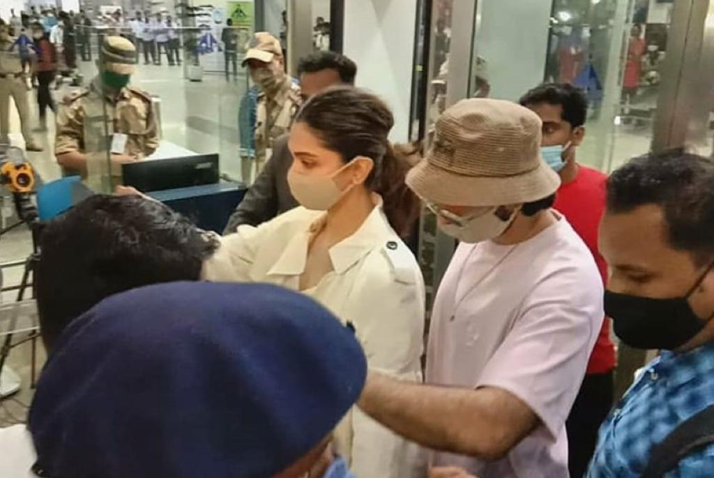 Deepika Padukone arrives in Mumbai with Ranveer Singh; to appear before NCB on September 26