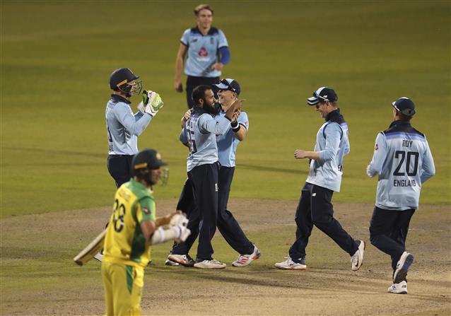 England beat Australia by 24 runs in thrilling 2nd ODI to level series at 1-1