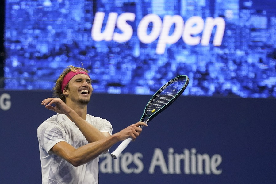 Zverev erases 2-set hole, will face Thiem in US Open final