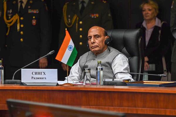 Rajnath meets Chinese Defence Minister; categorically conveys India's position on recent developments
