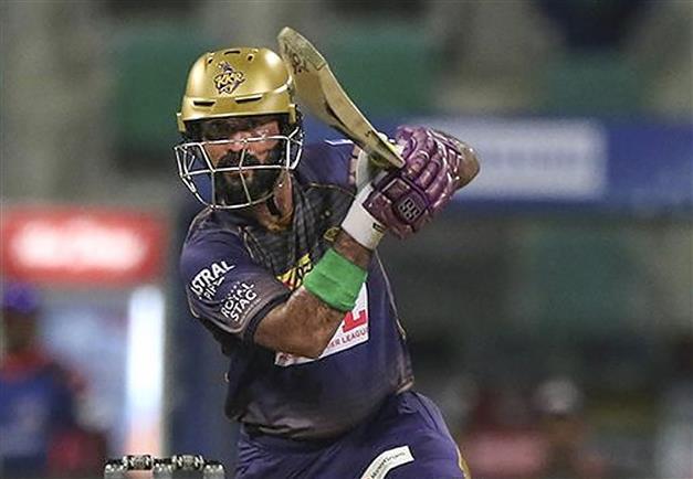 Karthik captaincy in focus as KKR face Sunrisers