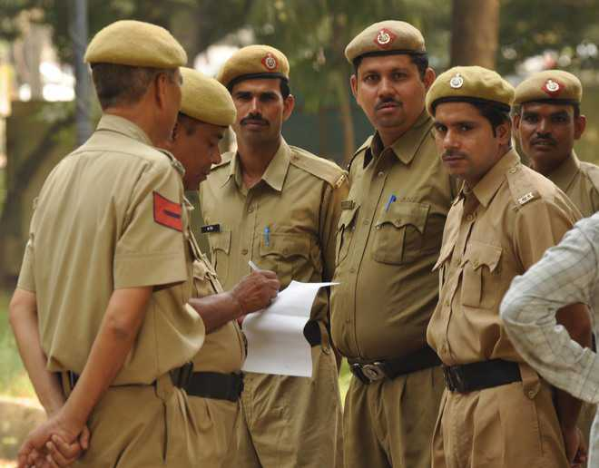 Delhi police deploy its personnel at border areas as precautionary measure