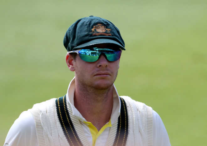 Smith on track to return for Australia after head knock