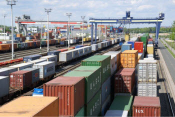 Shortage of shipping containers in Ludhiana