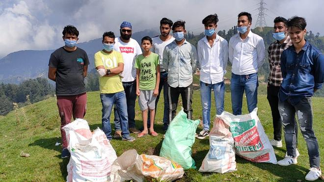Chamba NGO cleans up tourist spot