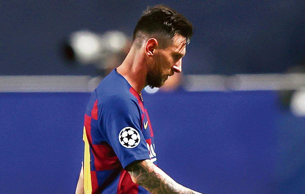 Lionel Messi misses Barcelona training despite decision to stay at the club
