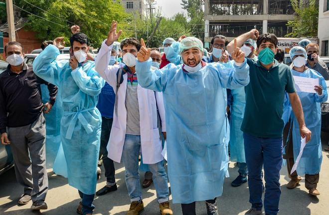 Without salaries for 6 months, paramedics stage protest