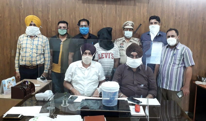Gangster Jujhar's aide Sahil held with pistol