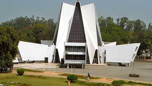Poll fever grips Punjabi varsity campus