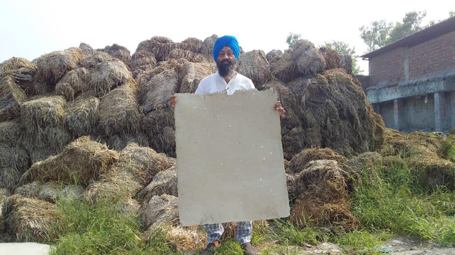 Jalandhar farmer shows the way with stubble cardboard