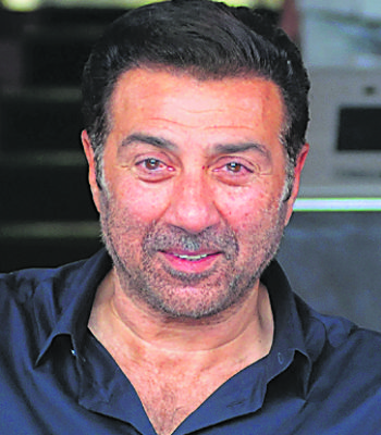 Congress MLAs to boycott meet chaired by Sunny Deol