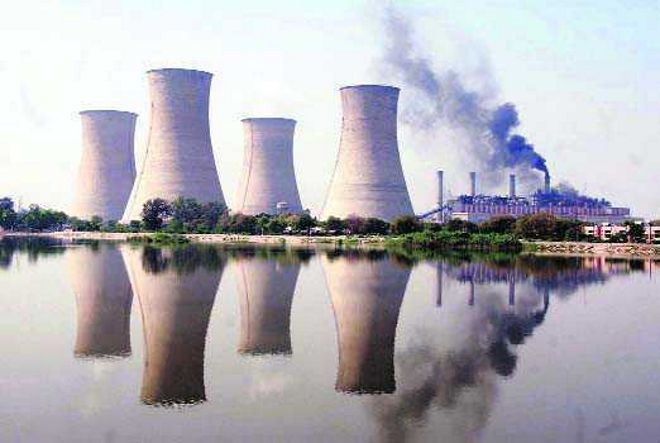 Powercom employees protest plant auction