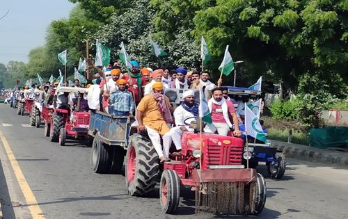 Farmers block major highways, essential supplies hit
