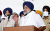 Will back govt on farm issues in Assembly: Sukhbir to Capt