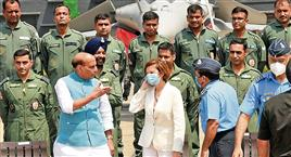 Rafale induction stern signal to adversaries, says Rajnath