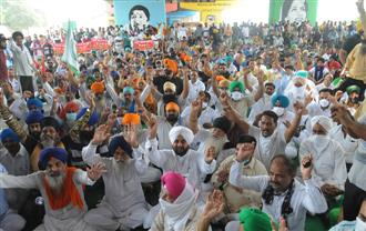 Protests bring normal life to a halt in Jalandhar