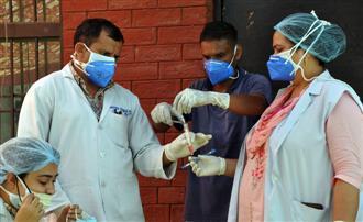 Virus spread accelerates, 4K cases, 135 deaths in 19 days